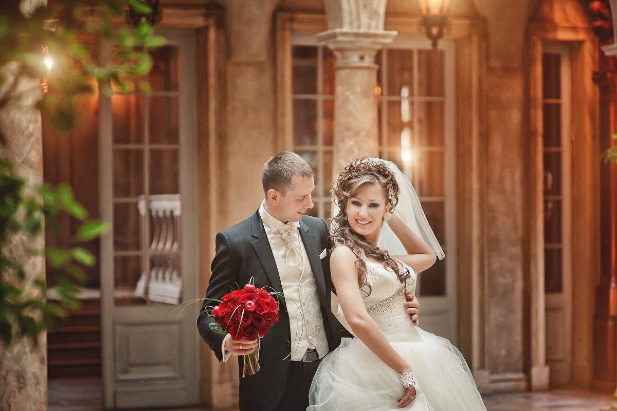 Свадебная фотосессия в ресторане «Турандот» (Елена и Вячеслав)